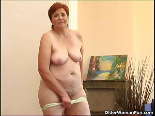 68 savoir vivre old granny masturbates her sweet grown up cunt