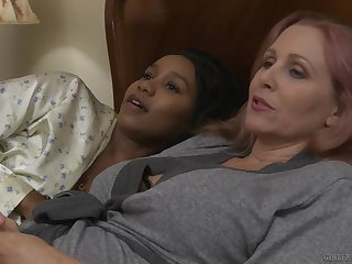 Matured interracial lesbian couple Jenna Foxx and Julia Ann