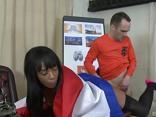 There is nothing better be advantageous to Lola Marie than a sex on the table